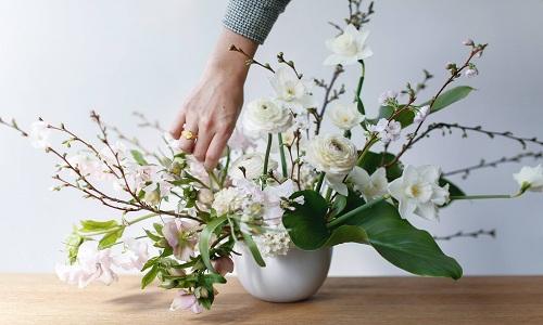 piece maitressse de fleurs