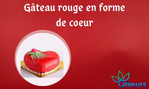 Gâteau rouge en forme de coeur