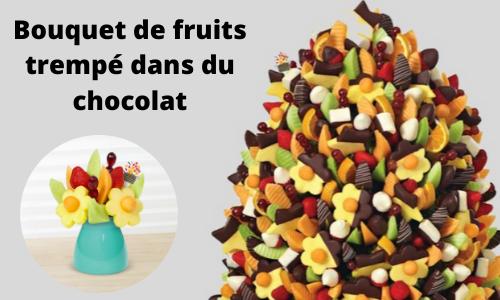 Bouquet de fruits trempé dans du chocolat