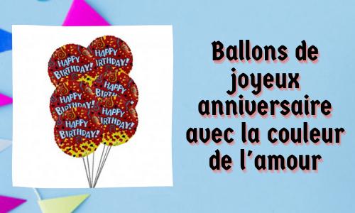 Ballons de joyeux anniversaire avec la couleur de l'amour